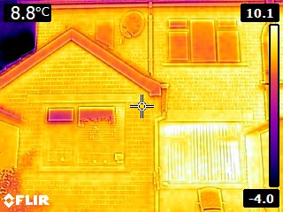 thermal camera, heat loss from house